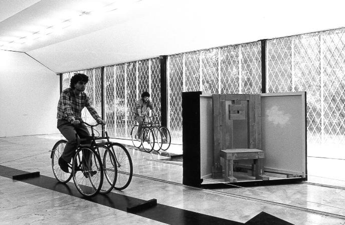 Vito Acconci_PAC 1981